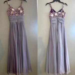Elegant Iridescent Dress 💜